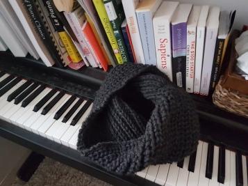 My second piece (100% Peruvian Petite Wool spotted black/grey)